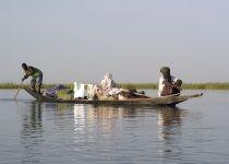 Na reki Niger v Maliju. / On the river Niger in Mali.